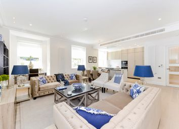 Thumbnail 3 bed flat to rent in Flat 2, Arkwright Road, Hampstead