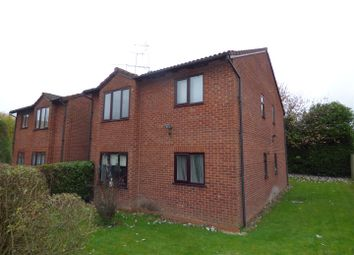 Thumbnail 1 bed flat to rent in Mayfield Close, Catshill, Bromsgrove