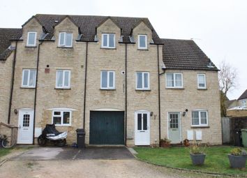 3 bed town house to rent in Perrinsfield, Lechlade GL7