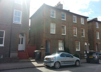 Thumbnail 1 bed flat to rent in St Andrewsroad, Surbiton