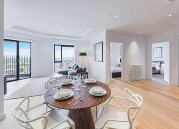 Thumbnail 3 bedroom flat for sale in Grantham House, London City Island, London