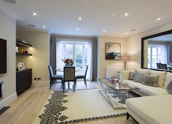 Thumbnail 3 bed flat to rent in Peony Court, Park Walk, Chelsea