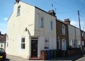 Thumbnail Studio to rent in William Street, Grays, Essex