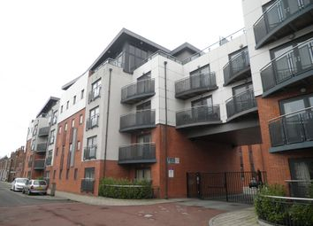 Thumbnail 2 bed flat to rent in Egerton Street, Chester