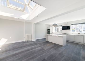 Thumbnail 3 bed flat to rent in St Martin's Lane, Covent Garden