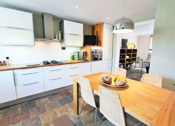 Thumbnail 2 bed maisonette for sale in Oval Place, London