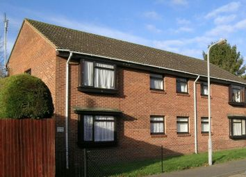 Thumbnail 1 bed flat to rent in The Mead, Beaconsfield