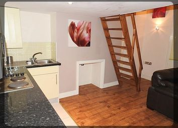 Thumbnail 1 bed flat to rent in Cogan Chambers, Exchange Court, Hull