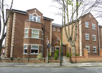 Thumbnail 3 bed flat to rent in Heneage Road, Grimsby