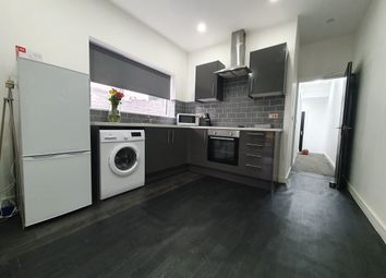Thumbnail 2 bed flat to rent in Cosmeston Street, Cathays