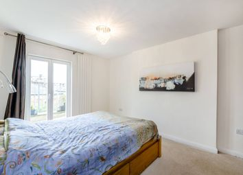 Thumbnail 1 bed flat to rent in Cantelowes Rd, London