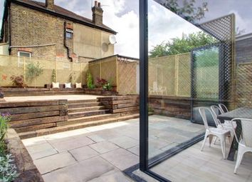 Thumbnail 6 bed property to rent in Kingsley Avenue, London, Greater London.
