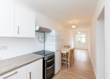 Thumbnail 4 bed flat to rent in Manor Road, Grange Hill, Chigwell