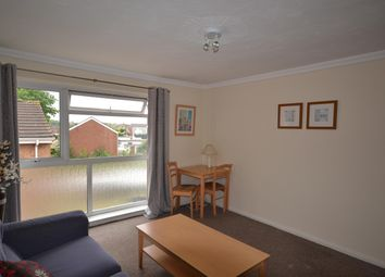 2 bed flat to rent in Carlyon Close, Exeter EX1