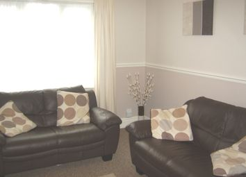 Thumbnail 2 bed flat to rent in King Lane, Alwoodley, Leeds