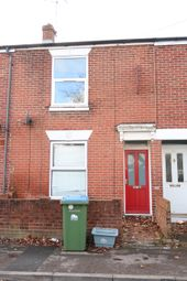3 bed terraced house to rent in Cedar Road, Southampton SO14