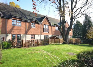 Thumbnail 2 bedroom flat for sale in Furze Hill, Kingswood, Tadworth