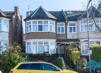 2 bed flat for sale in Grove Avenue, Finchley, London N3