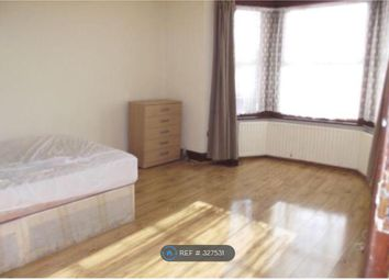 Thumbnail Room to rent in Ilford, Ilford