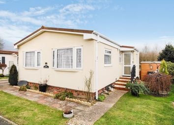 Thumbnail 2 bedroom mobile/park home for sale in Selwood Park, Weymans Avenue, Bournemouth