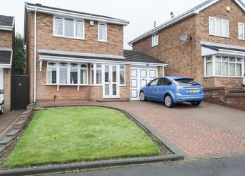 Thumbnail 3 bed detached house for sale in Kennford Close, Rowley Regis