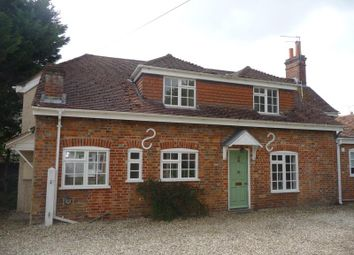 Thumbnail 3 bedroom cottage to rent in The High Street, Kintbury