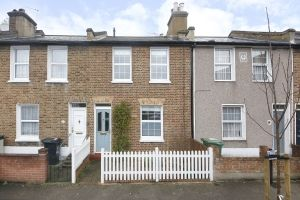 2 bed terraced house for sale in Brightfield Road, London SE12