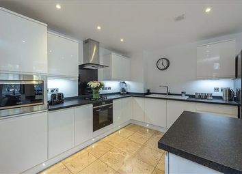 5 bed town house for sale in Cowslip Meadow, Berkhamsted, Hertfordshire HP4
