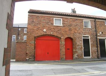 Thumbnail 2 bedroom town house to rent in Garden Street, Brigg
