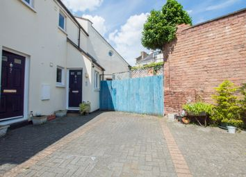 Thumbnail 2 bed flat to rent in Grafton Road, Cheltenham