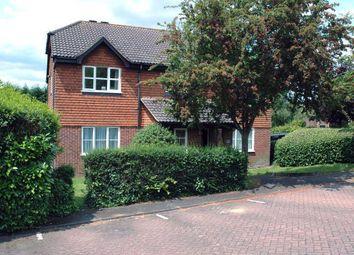 Thumbnail 1 bed flat to rent in Hunts Farm Close, Borough Green