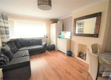 Thumbnail 2 bed flat to rent in Laleham Avenue, London