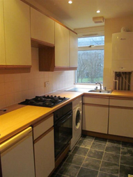 Thumbnail 1 bed flat to rent in Provost Road, Dundee