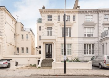 Thumbnail 3 bedroom flat to rent in Buckland Crescent, London