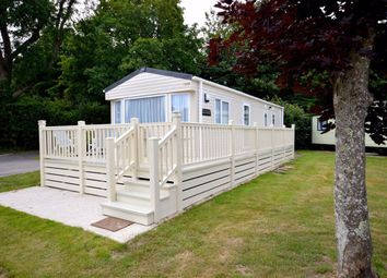 2 bed mobile/park home for sale in Sycamore, New Milton BH25