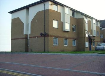 Thumbnail 1 bed flat to rent in Milliners Way, Luton