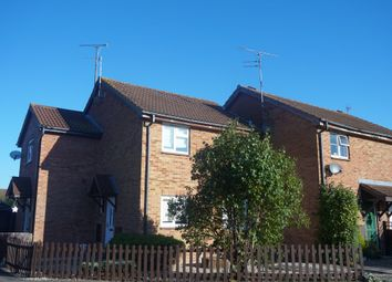 Thumbnail 1 bed detached house to rent in Meadow Way, Aylesbury