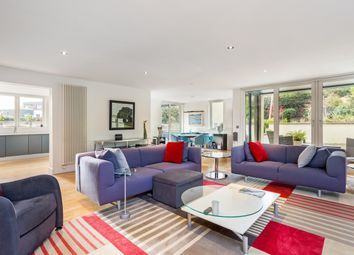 Thumbnail 3 bed flat for sale in Barnton Avenue West, Barnton, Edinburgh