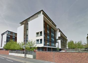 Thumbnail 1 bed flat to rent in Broadway, Salford