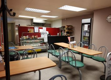Thumbnail Restaurant/cafe for sale in Cafe & Sandwich Bars BD11, Drighlington, West Yorkshire