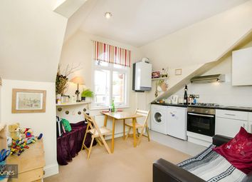 Thumbnail 1 bedroom flat to rent in Canfield Gardens, South Hampstead, London