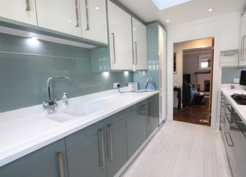 Thumbnail 2 bed bungalow for sale in Peartree Lane, Doddinghurst, Brentwood