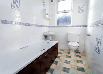 Thumbnail 5 bed terraced house to rent in Estcourt Terrace, Headingley