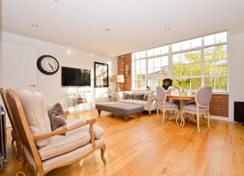 Thumbnail 3 bed flat to rent in Rococo House Princelet Street, London