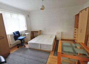 Thumbnail 5 bed shared accommodation to rent in Fisher Close, Greenford