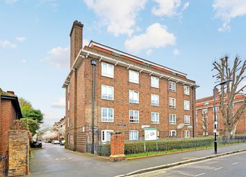 Thumbnail 3 bed flat to rent in Templecombe Road, London