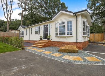 Thumbnail 2 bedroom mobile/park home for sale in Emms Lane, Brooks Green, Horsham