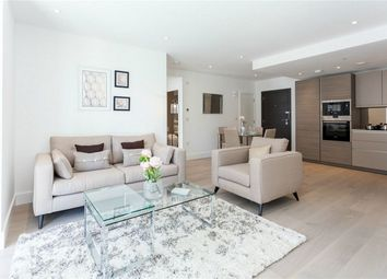 Thumbnail 1 bed flat for sale in Claremont House, 28 Quebec Way, London