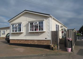 Thumbnail 2 bed mobile/park home for sale in Breach Barnes Park (Ref 5925), Waltham Abbey, Essex