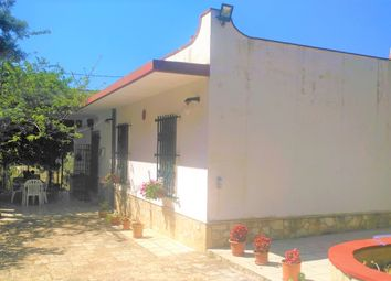 Thumbnail 2 bed villa for sale in Via Mesagne, San Vito Dei Normanni, San Vito Dei Normanni, Brindisi, Puglia, Italy
